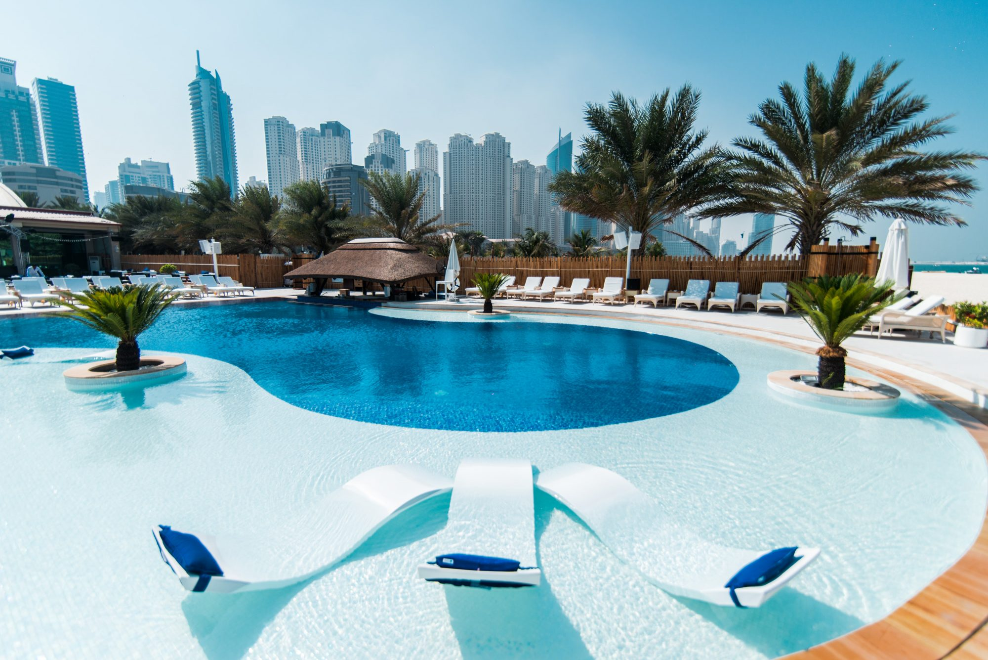 Andreeas habtoor grand resort autograph collection for Pool design dubai